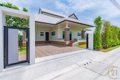 Brand new 3 bed villa in Emerald scenery Hua Hin