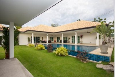 NATURE VALLEY 3 : Luxury 4 Bed Pool Villa in Hua Hin