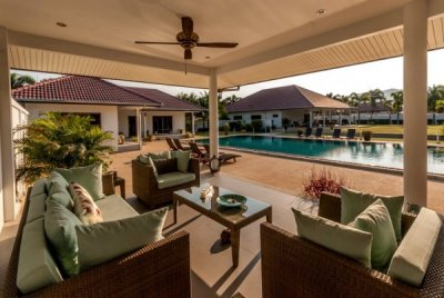 Amazing 5 Bed Pool Villa Estate Hua Hin