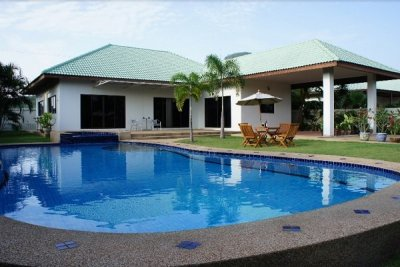 Large 3 Bed Family Pool villa on a good sized plot Hua Hin