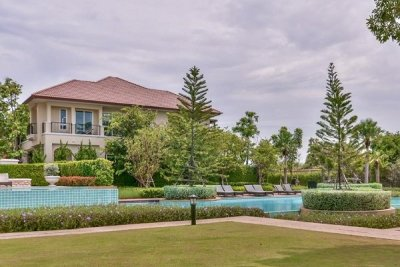 Beautiful Scenery Beachfront Premium Villa norra Hua Hin,Cha-Am