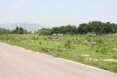 Large Plot Of Building 00,000 Land For Sale 30 minutes north of Hua Hin
