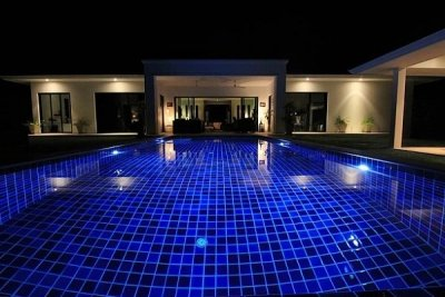Luxury Executive 3 Bedroom Pool Villa 15 minute drive West of Hua Hin Centre