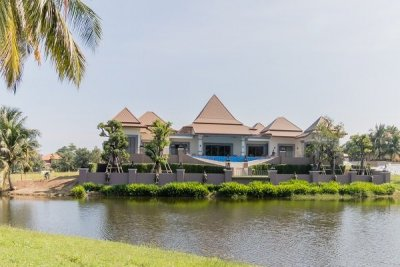 Magnificent 6 Bed Recently Completed Villa with Best Views on Palm Hills Golf Course Hua Hin