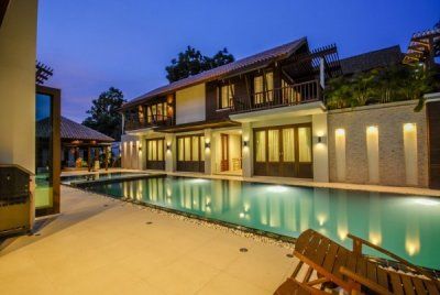 Wonderful 5 bedroom pool villa Palm Hills Golf Club in Hua Hin