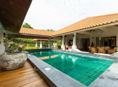 Luxury Bali Style 4 Bed Pool Villa : Reduced by 23%5 mins drive South of Hua Hin Centre