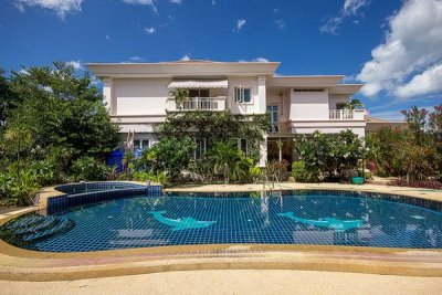 Large 2 Storey 4 Bed Pool Villa On Big Plot10 Mins Drive Southwest of Hua Hin centre