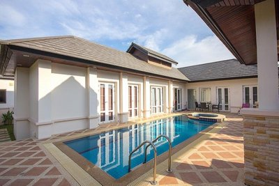 Hua Hin Good Design and Quality 3 Bed Pool Villa
