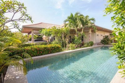Hua Hin Well Constructed & Designed 3 Bed Pool Villa