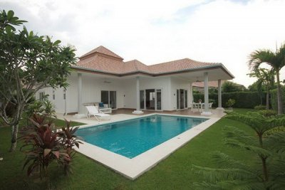 Great Quality 3 Bed Pool Villa10 mins drive West of Hua Hin Center