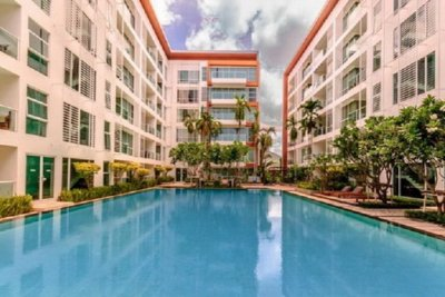 2 Bed Condo with Garden View Hua Hin
