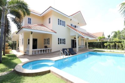 Chantha garden pool villa near Palm Hills golf club north Hua Hin