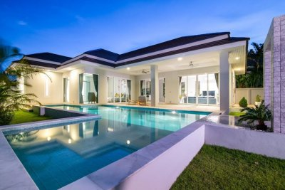 Luxury brand new pool villa soi 88 up Hua Hin