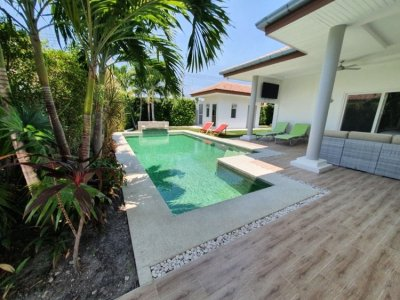 Mali luxury new pool villa in soi 112