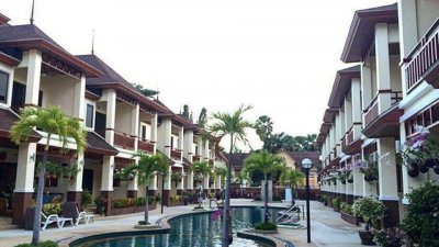 Thai Paradise South townhouse 3 bedrooms 160 sqm near beach and city Cha-Am