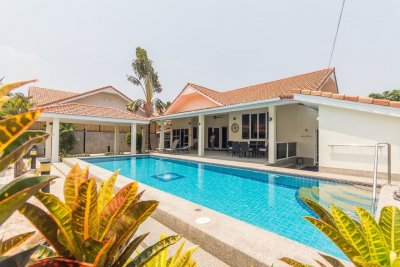 Pool villa near Palm Hills golf club north Hua Hin