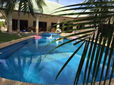 Large pool villa at 114 Soi Hua Hin Sleeps 11 near the Swedish school