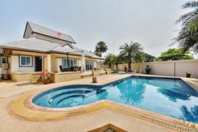Hua Hin Nice 4 Bed Pool Villa soi 112