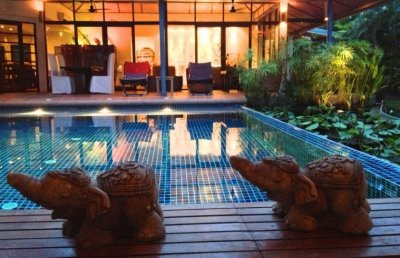 Large pool and high standard of 8 beds Hua Hin