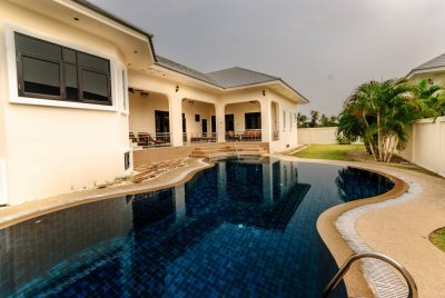 Great Value 3 Bed Pool Villa near Black Mountain Golf Course Hua Hin