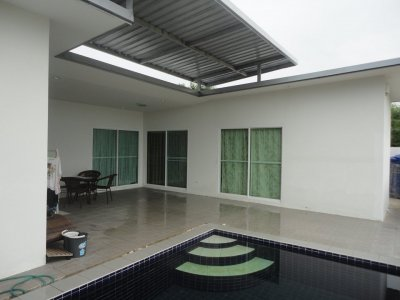 Pool villa near the beach and downtown Hua Hin