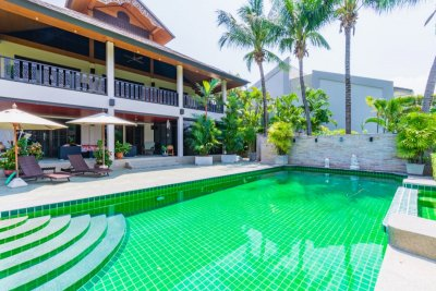 Palm Hills Residences : Beautiful 3-4 Bed Colonial Bali style Pool Villa on Golf Course Hua Hin
