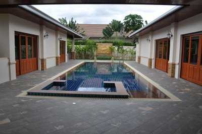 Luxury pool villa 538 sqm up soi 88 Hua Hin