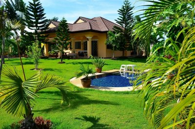 Large pool villa in the wonderful area between Pranburi and Hua Hin