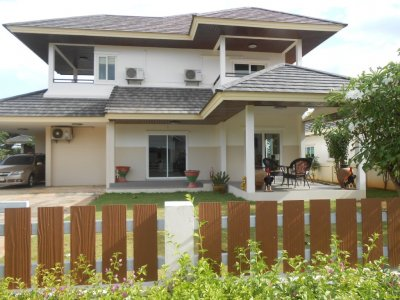 Beautiful Large villa between Hua Hin and Pranburi