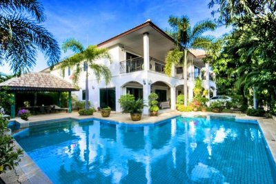 Large pool villa 350 sqm Vineyard soi 114 Hua Hin