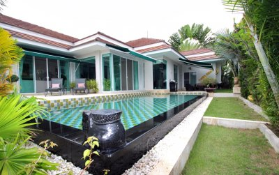 Luxury 4 Bed Pool Villa soi 88 Hua Hin 8,9 MB Now 8,0 MB