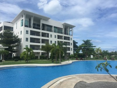 Hua Hin The Pride Apartments near downtown and the beach soi 102