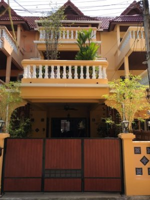Townhouse whit pool in Takiab Beach near beach Hua Hin