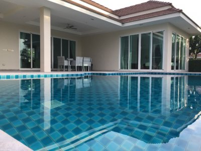 Large pool villa 222 sqm west ready to move in Hua Hin