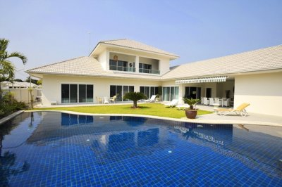 The Lees Exclusive pool villa 4 bedrooms soi 88 near downtown Hua Hin