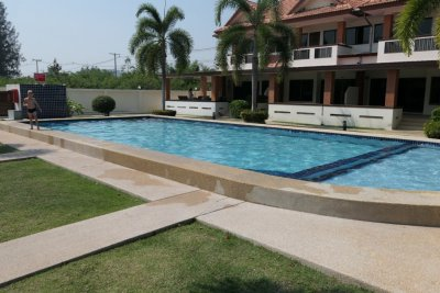 Townhouse 185 sqm near city Hua Hin