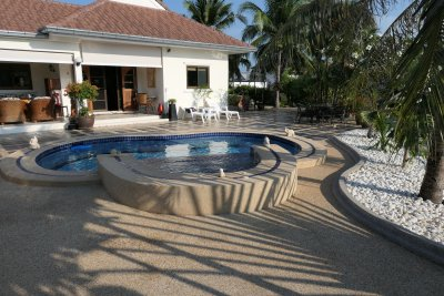Tropical Garden Village pool villa Cha-Am, Hua Hin close to Palm Hills Golf Club