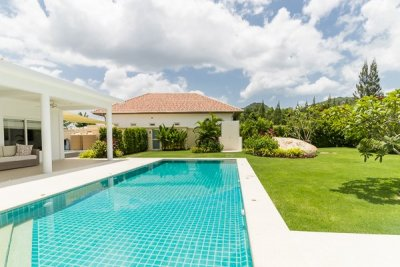 Great Quality 4 Bed Pool Villa sydväst Hua Hin