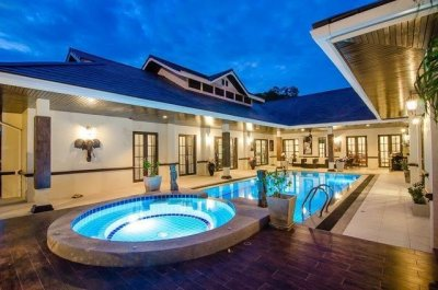 Palm hills golf club pool villa Hua Hin Cha-Am
